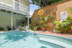 rent writer u0027s king room garden house bed u0026 breakfast key west