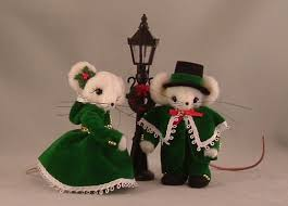 Christmas Mice Decorations 813 Best Barbie Christmas Images On Pinterest Miniature