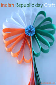 simple indian republic day craft idea made this beautiful paper