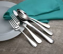 how luxury flatware makes your meals and dinner parties more