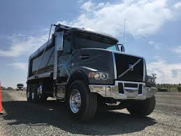 volvo canada trucks driving the volvo vhd with i shift crawler gears truck news