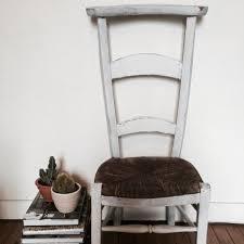 chaise d église chaise prie dieu ancienne d église fin xixe bois paille patine blanche