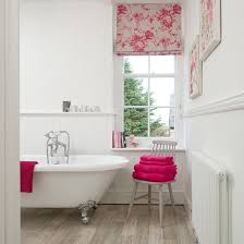 Small White Bathroom Decorating Ideas by White Panelled Bathroom With Pink Accents Bathroom Decorating