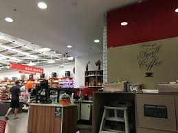 what can bunnings teach us about getting customers in the door