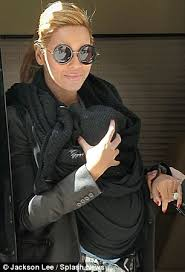 Beyonce Wedding Ring by Beyonce And Jay Z U0027renew Vows In Moving Midnight Ceremony To Mark