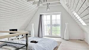 beleuchtung fã r schlafzimmer len fur dachschragen beleuchtung in der dachschrage len