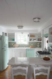 New England Style Homes Interiors by Best 25 Beach House Kitchens Ideas On Pinterest Beach House