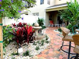 florida landscape design ideas courtyard features construction