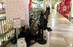 victoria secret on black friday on black friday teens prioritize bargains over brands wsj