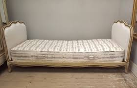 ib3103 superb french upholstered daybed