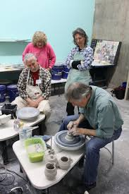 throwing a pot auburn art center to offer ceramics classes lake life auburnpub com