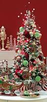 Pics Of Decorated Christmas Trees Best 25 Peppermint Christmas Decorations Ideas On Pinterest