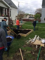 500 gardens will be added across milwaukee this month