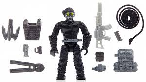 call of duty ghost logan mask amazon com mega bloks call of duty ghosts rappel fighter toys