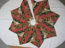 Peppermint Twist Tree Skirt Using 93 Best Quilts Tree Skirts Images On Tree