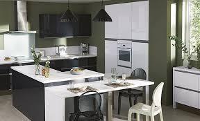 plan cuisine ouverte sur salon superbe plan de travail ilot cuisine 14 dossier cuisine un plan