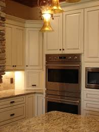 Kraftmaid Kitchen Cabinets by Best 25 Kraftmaid Cabinets Ideas On Pinterest Gray And White
