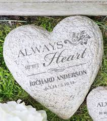 personalized garden stones personalized memorial heart garden with name and dates