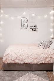 Bedroom Decorating Ideas For Teenage Girls by Best 25 Teen Bedspreads Ideas On Pinterest Teen