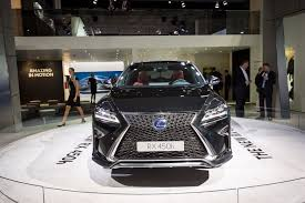 youtube lexus amazing in motion 10 standout new features of the 2016 lexus rx lexus