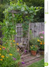 backyard hideaway royalty free stock photography image 32900277