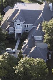 tiger woods house daily diversion tiger woods neighborhood dr 90210 s house