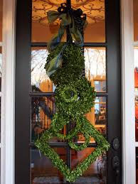 Halloween Door Wreaths Winter Wreaths And Door Decor Hgtv