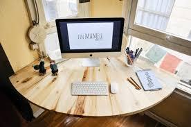 idee de bureau bureau en palette modèles diy et tutoriel pour le fabriquer soi même