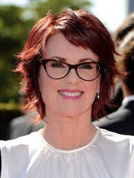 razor haircuts for women over 50 megan mullally layered short red haircut hairstyles weekly
