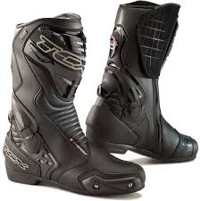 best motorcycle boots for women best summer motorcycle boots visordown