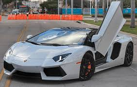 lamborghini aventador how much does it cost how much does it cost to rent a lamborghini for a day