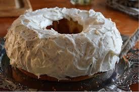 christmas rose bundt cake bundtbakers living the gourmet