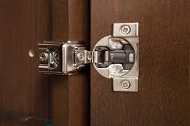 How To Install Kitchen Cabinets Video by Door Hinges Video Installing Cabinet Self Closinginstalling