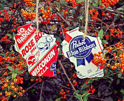 State Shaped Gifts Upcycled Vintage Pbr Pabst Blue Ribbon Wisconsin Badgers Rose Bowl