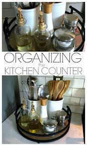 rangement pour ustensiles cuisine 31 idées géniales pour organiser votre cuisine chasseurs d