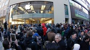 delaware apple store employees pound chest about selling the most