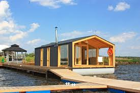 dubldom houseboat a modular floating cabin with a 280 sq ft