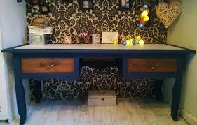 vieux bureau en bois chambre customiser un bureau en bois vrai vieux bureau style