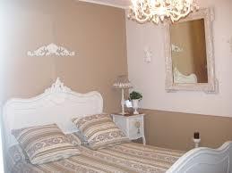 chambre peinture 2 couleurs papier peint 2 couleurs cher design taupe couleur chantemur quel