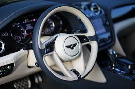 bentley steering wheels bentley bentayga u201c testas pažintis su greičiausiu suv pasaulyje