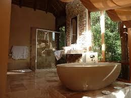 chambre haut de gamme la salle de bains de la chambre haut de gamme picture of trogon