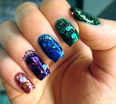 turmec glitter ombre nail art