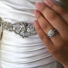 Make Wedding Ring by 5 Wedding Sets To Make Your Engagement Ring Look Bigger Robbins