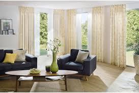 Wohnzimmerfenster Modern Gardinen Und Sonnenschutz