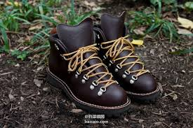 danner mountain light amazon amazon 美国产 经典款 danner 丹纳mountain light 防水户外徒步靴