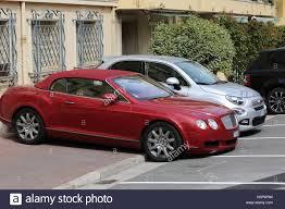 car bentley 2016 bentley luxury car parked stock photos u0026 bentley luxury car parked