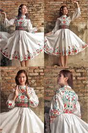 wedding dress batik batik amarillis s ildiko dress po batik amarillis