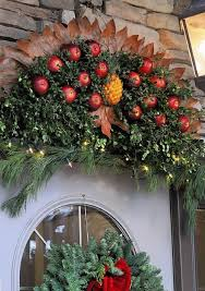 1563 best wreaths images on wreaths