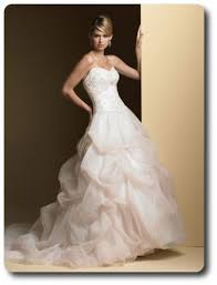 wedding dress rental toronto where to rent wedding gowns in toronto