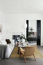 White Livingroom Best 25 White Couch Decor Ideas On Pinterest Fur Decor Grey